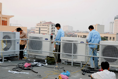 Sửa chữa hệ thống máy lạnh công nghiệp