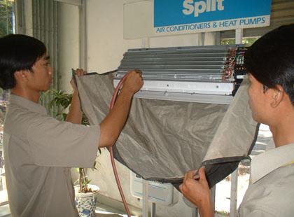 Vệ sinh máy lạnh quận thủ đức